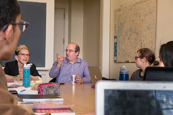 David Grann addresses Professor Blance Boyd's Narrative Nonfiction class.